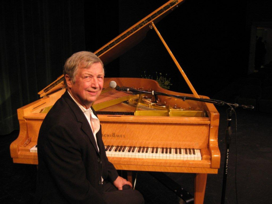 'National treasure' ragtime pianist to play at Wright Opera House.